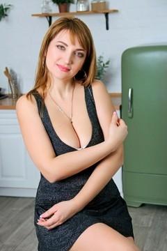 Oksana from Zaporozhye 39 years - ukrainian girl. My mid primary photo.