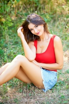 Ulya from Ivano-Frankovsk 29 years - wants to be loved. My small public photo.