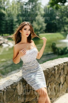 Ulya from Ivano-Frankovsk 29 years - eyes with love. My small public photo.