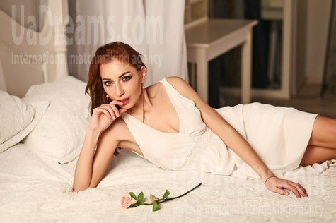 Oksana from Kiev 34 years - beautiful woman. My small public photo.
