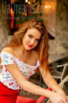Lera from Sumy 23 years - natural beauty. My small public photo.